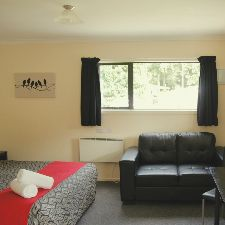 Double bed self contained motel unit